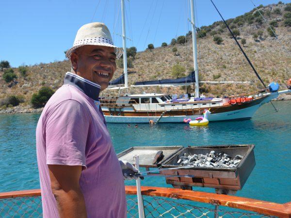12 island boat trip bbq