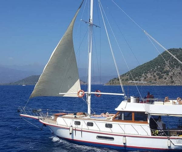 private boat hire for all occasions