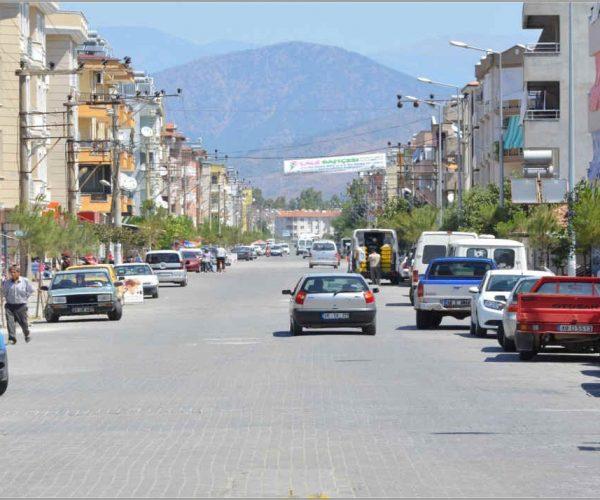 dalaman town, market takes place on thursdays